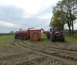 Injecteren bouwland en mesttransport